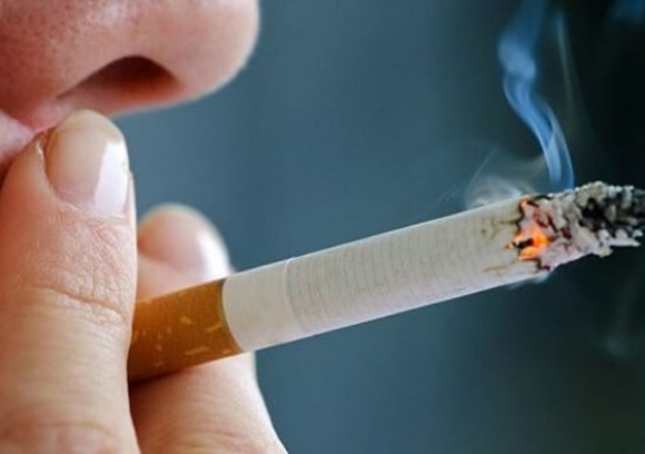 Nguyên nhân ung thư phổi tế bào nhỏ và không phải tế bào nhỏ do hút thuốc lá