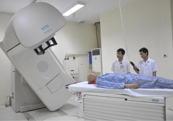 Phương pháp xạ trị ung thư phổi tế bào nhỏ và không phải tế bào nhỏ